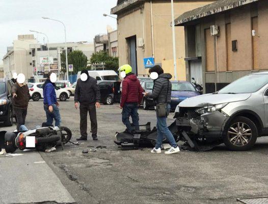 Drammatico scontro auto-scooter: 62enne in prognosi riservata al Policlinico