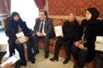 Migranti, donne tunisine cercano a Lampedusa i corpi dei figli morti in mare