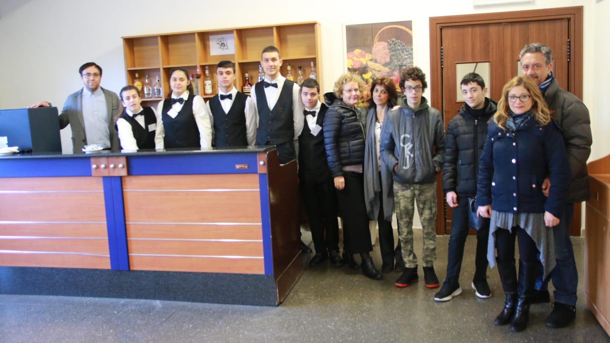 """Open Day all'istituto di istruzione superiore """"E.Fermi-F.Eredia""""di Catania"""
