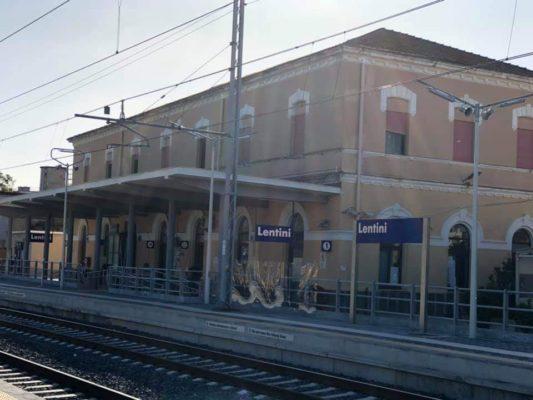 Stazione riqualificata e modernizzata: domani inaugurazione a Lentini alla presenza di Musumeci e Falcone
