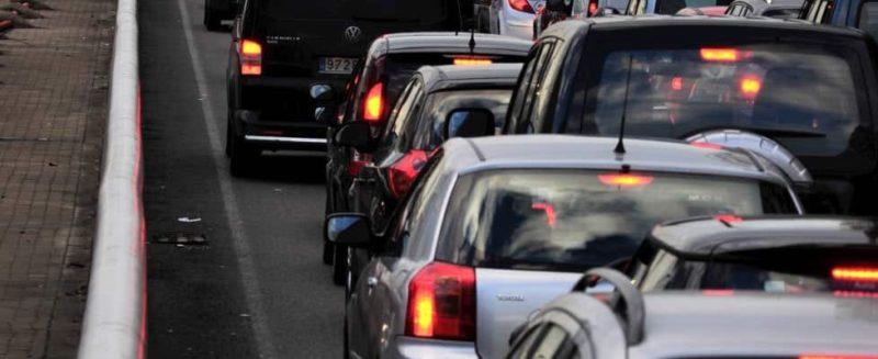 Tangenziale di Catania, impatto tra due auto: un ferito, traffico in tilt in zona San Giorgio