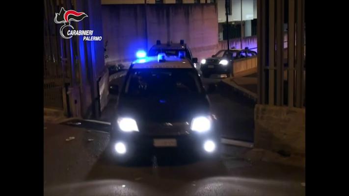 Corruzione pubblica, blitz al Comune di Casteldaccia: in manette sindaco, vicesindaco e assessore – VIDEO