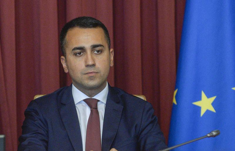 Caos nel M5S, Luigi Di Maio si dimette da capo del partito: defezioni anche dei deputati Nitti e Aprile