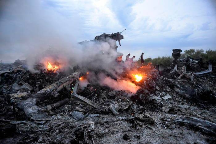 """Disastro aereo Teheran, escluso """"terrorismo"""": il boeing precipita per problemi tecnici"""