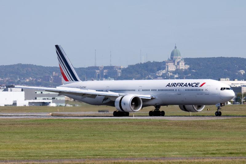 Tragica scoperta nel carrello di un aereo Air France: trovato cadavere di un bambino di 10 anni