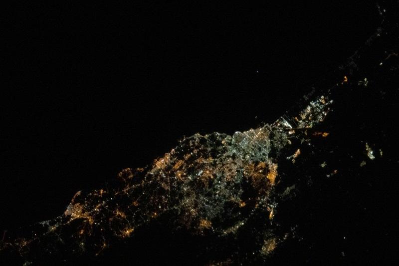 A pochi giorni dall'atterraggio, AstroLuca pubblica una nuova magnifica foto di Catania