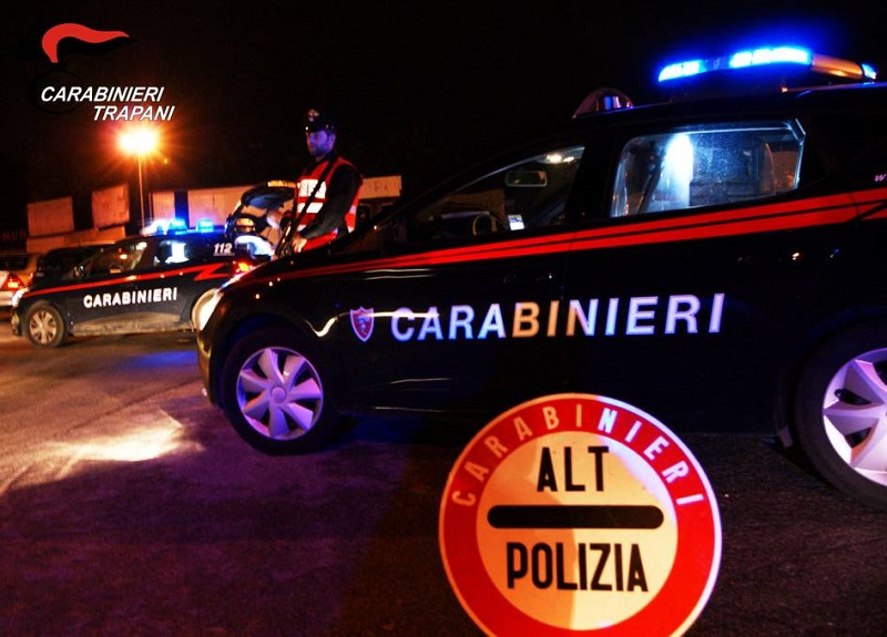 Controlli dei carabinieri: una persona arrestata e quattro denunciate