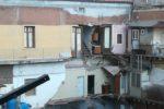 Palazzina crollata a Catania, assistenza comunale agli sfollati: posti letto o Buono casa – DETTAGLI