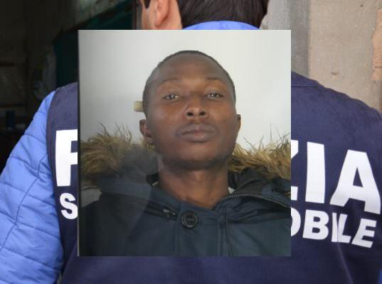 Catania, si fionda su una donna in Corso Italia e le strappa la borsa: 24enne nigeriano arrestato per rapina