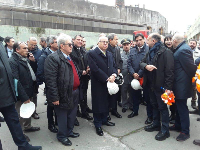 """Catania, """"via"""" alla demolizione dell'ex Palazzo delle Poste di viale Africa. Soddisfazione di Musumeci"""