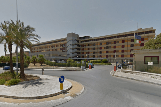 Anziano morto dopo essere stato visitato al Pronto Soccorso: indagata dottoressa, autopsia sulla salma dell'82enne