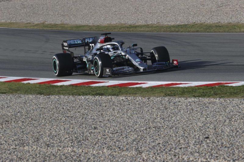 Bottas il piu' veloce dei primi test, la Ferrari pensa allo sviluppo