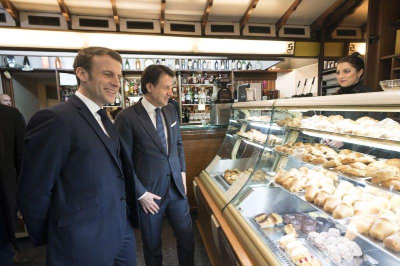"""Coronavirus, Macron """"Francia non chiudera' le frontiere con l'Italia"""""""