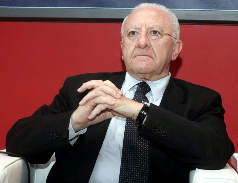"""""""Il Sud sta per cedere"""", De Luca scrive a Conte: """"Rischio collasso se il Governo non c'è"""""""