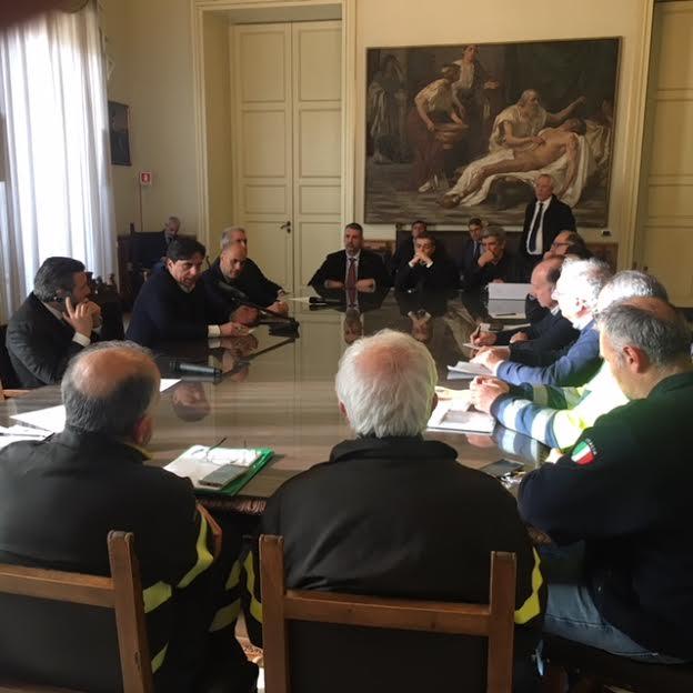 Catania, crollo della palazzina di via Castromarino: Comune e tecnici al lavoro per l'aumento della mitigazione del rischio – FOTO