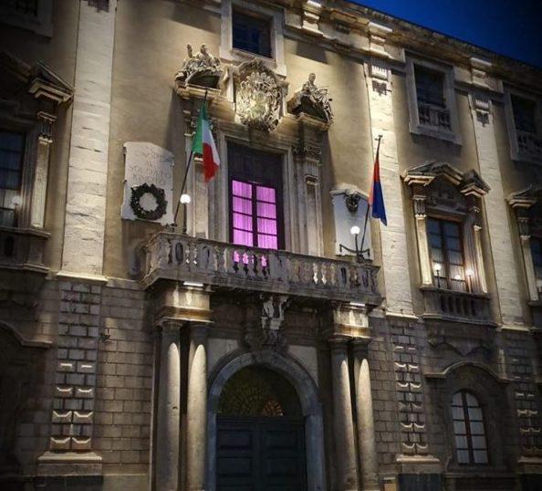 Giro d'Italia 2020, la Sicilia attende il via illuminandosi di rosa – FOTO