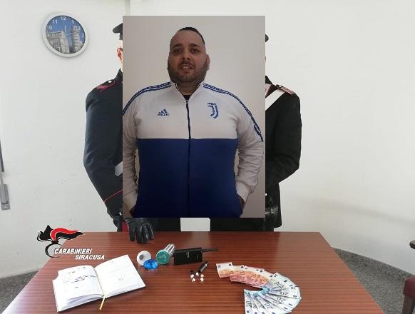 Cocaina nascosta in un accendino e in una lampadina, arrestato Vincenzo Bramante