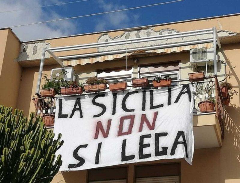 Salvini in visita a Palermo, le Sardine preparano l'accoglienza: torna la protesta dei lenzuoli