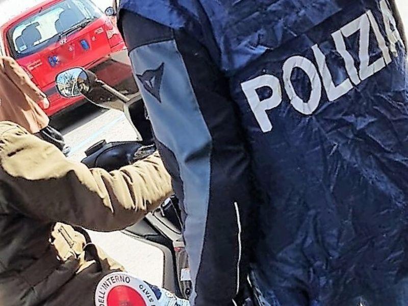 Posto di blocco a San Cristoforo, minore tenta la fuga alla vista dei Falchi: cocaina in pietra negli slip