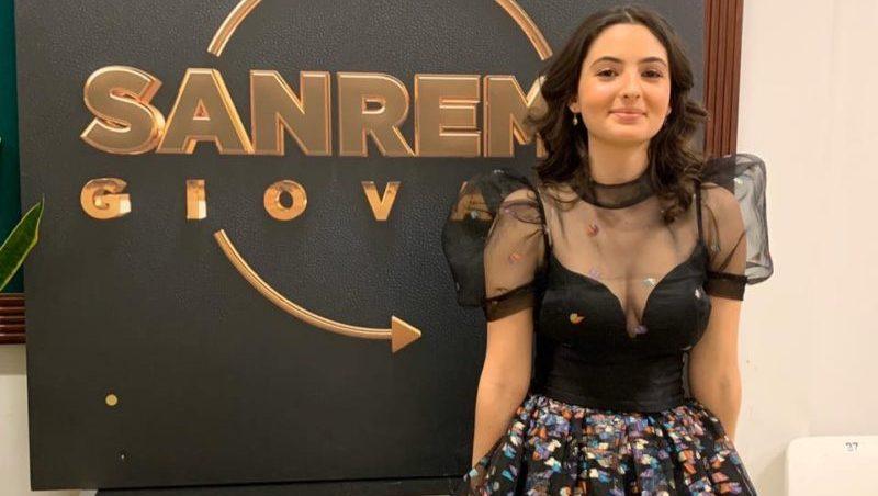 """Sanremo 2020, la siciliana Tecla in seconda posizione tra le Nuove Proposte. Conquistati i premi """"Dalla"""" e """"Jannacci"""""""