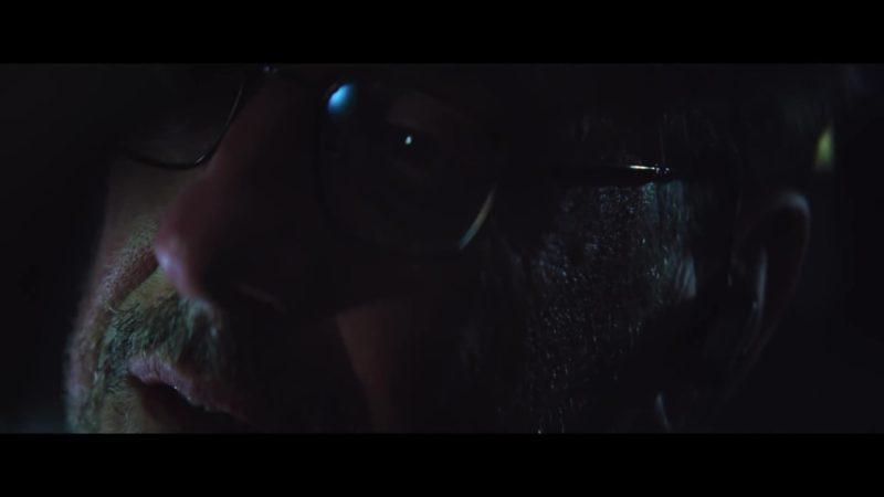 Il talento del calabrone, il trailer