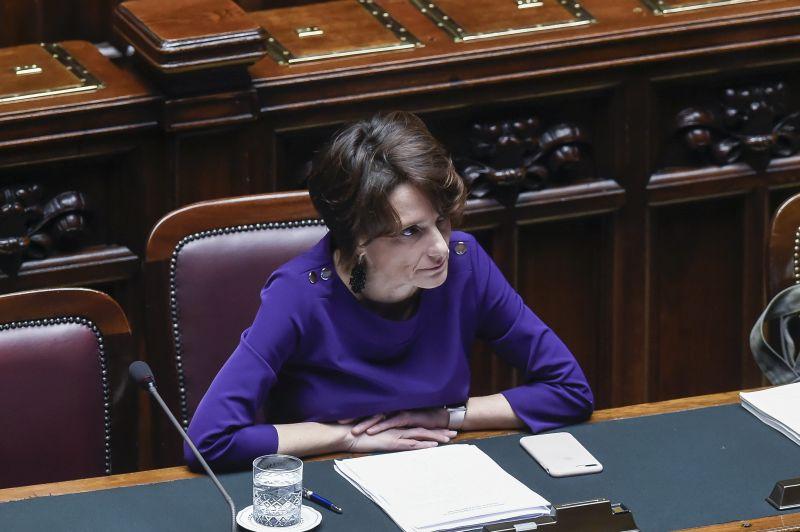 """Ponte sullo Stretto, ministro Bonetti si schiera a favore: """"Opera che serve"""""""