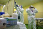 Coronavirus, emergenza case di cura. Nuovo focolaio in una struttura: 8 positivi tra degenti e operatori
