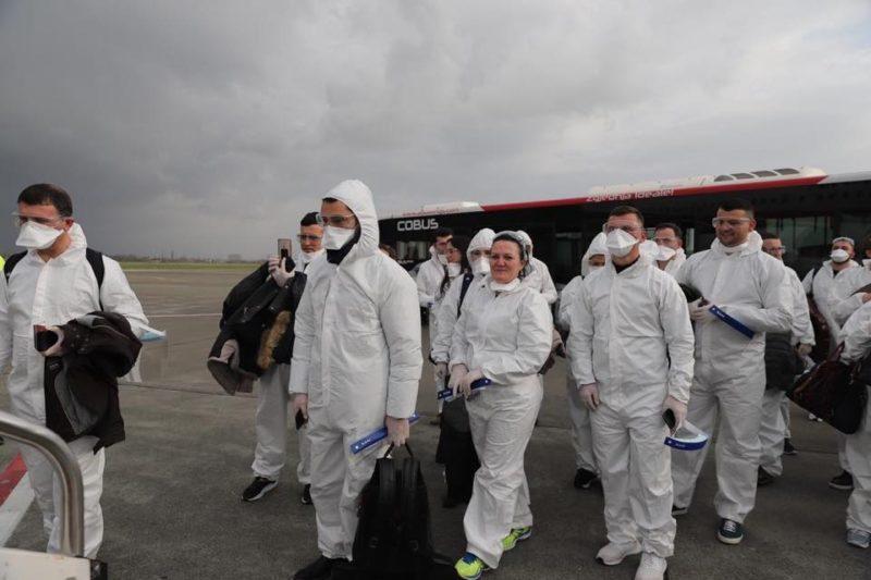 Coronavirus, l'Albania invia un team di medici in Italia
