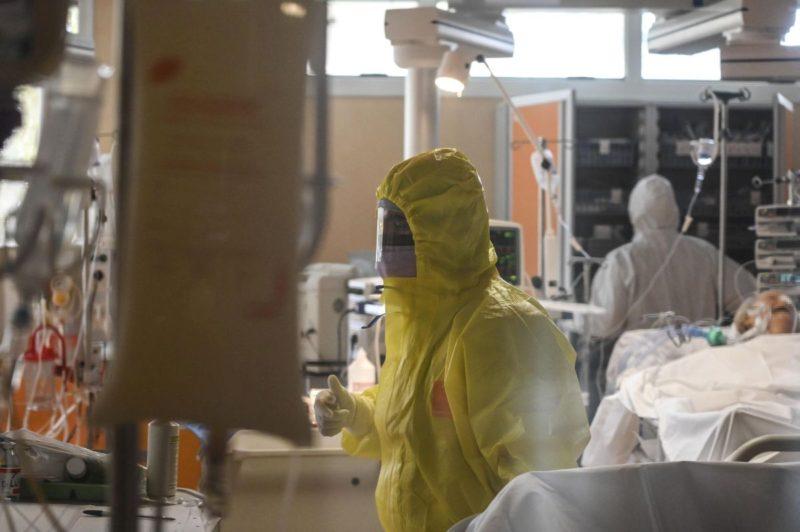 Forti mal di testa dopo vaccino AstraZeneca: l'Avvocato Turrisi lotta tra la vita e la morte