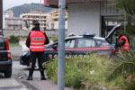 Senza documenti e patente finge di essere il fratello a posto di blocco: arrestato 30enne
