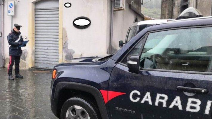 """In """"barba"""" al decreto riapre il salone: figaro e cliente sanzionati nel Catanese"""