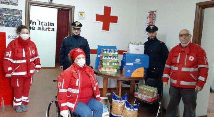 Emergenza Coronavirus, anche a Viagrande vince la solidarietà: donati generi alimentari alla Croce Rossa Italiana