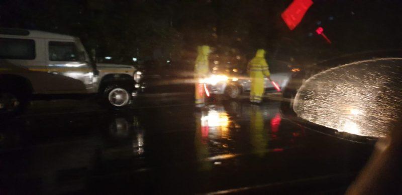 Maltempo a Catania e provincia: 6 famiglie evacuate, incendi in corso, allagamenti e auto in panne