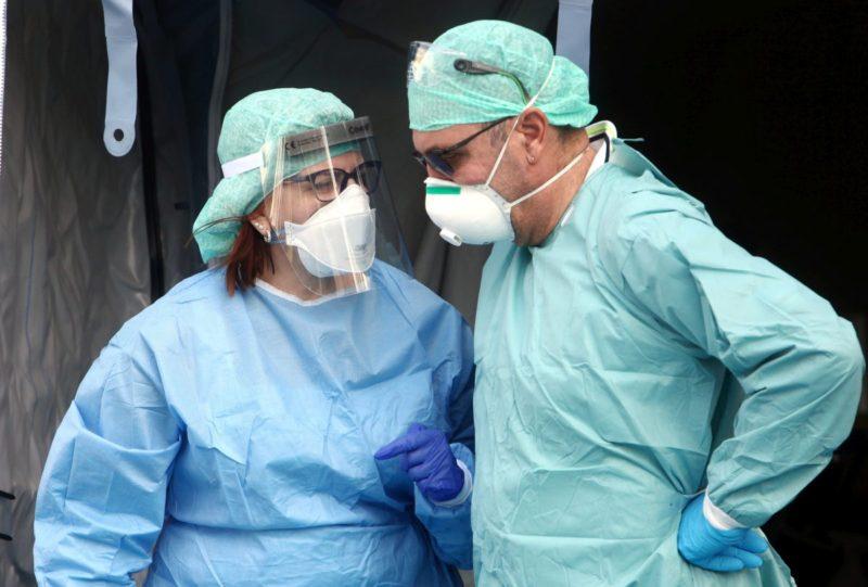 Coronavirus a Palermo, focolaio in una clinica: contagiati 6 pazienti e un'infermiera