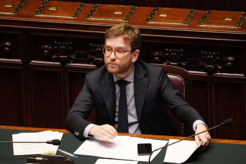 """Migranti in Sicilia, Provenzano: """"Nelle prossime ore il governo deciderà se impugnare o meno ordinanza di Musumeci"""""""