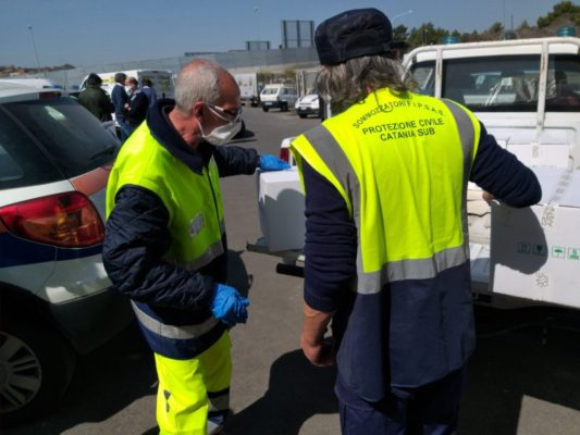"""""""Catania aiuta Catania"""": prosegue la consegna dei pacchi spesa per i più bisognosi"""
