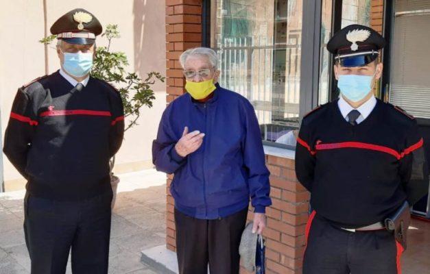 Convenzione tra Arma e Poste Italiane: a Catania carabinieri consegnano pensione a un 91enne