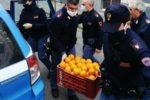 A Catania continua la solidarietà degli agenti: donati vari generi alimentari ai meno fortunati