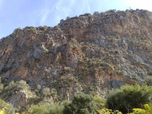 Rischio crolli al Monte Pellegrino, pericolo alto: sgomberate 28 famiglie