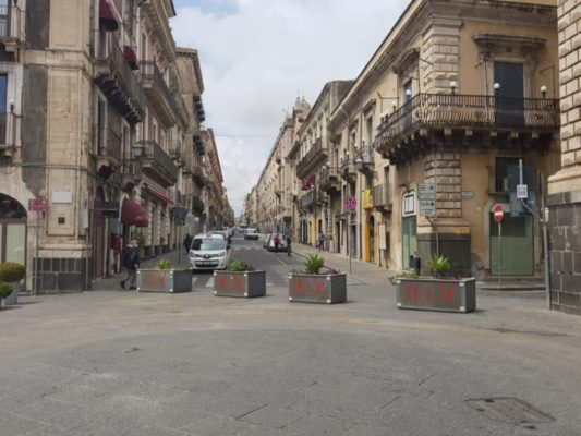 Catania, interdetto il transito di mezzi in Piazza Duomo. A breve ripresa del piano di pedonalizzazione