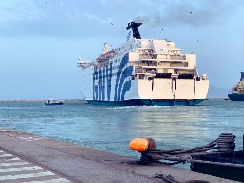 Italiani bloccati in Tunisia, scatta il rimpatrio: nave in arrivo al porto di Palermo