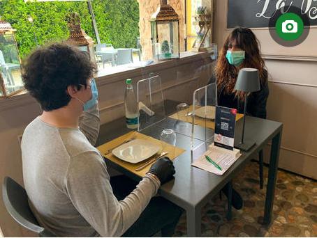 """Tavoli divisori con plexiglas, in Sicilia partono i primi progetti. """"Dobbiamo essere pronti a ripartire"""""""