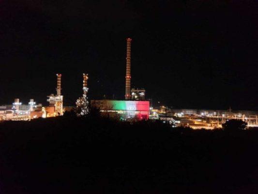 Emergenza Covid-19, la Centrale Enel di Termini Imerese s'illumina con il tricolore italiano