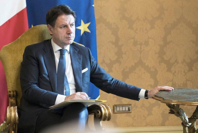 """Covid-19 e vacanze, Conte rassicura: """"Italia non passerà estate in quarantena"""""""
