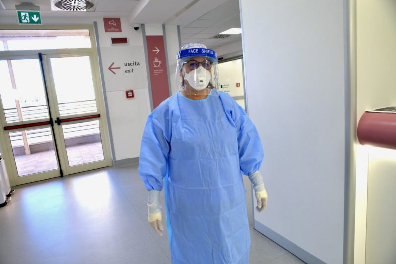 Coronavirus Sicilia, dati preoccupanti: 1.322 nuovi positivi, morte 25 persone nelle ultime 24 ore – I DATI