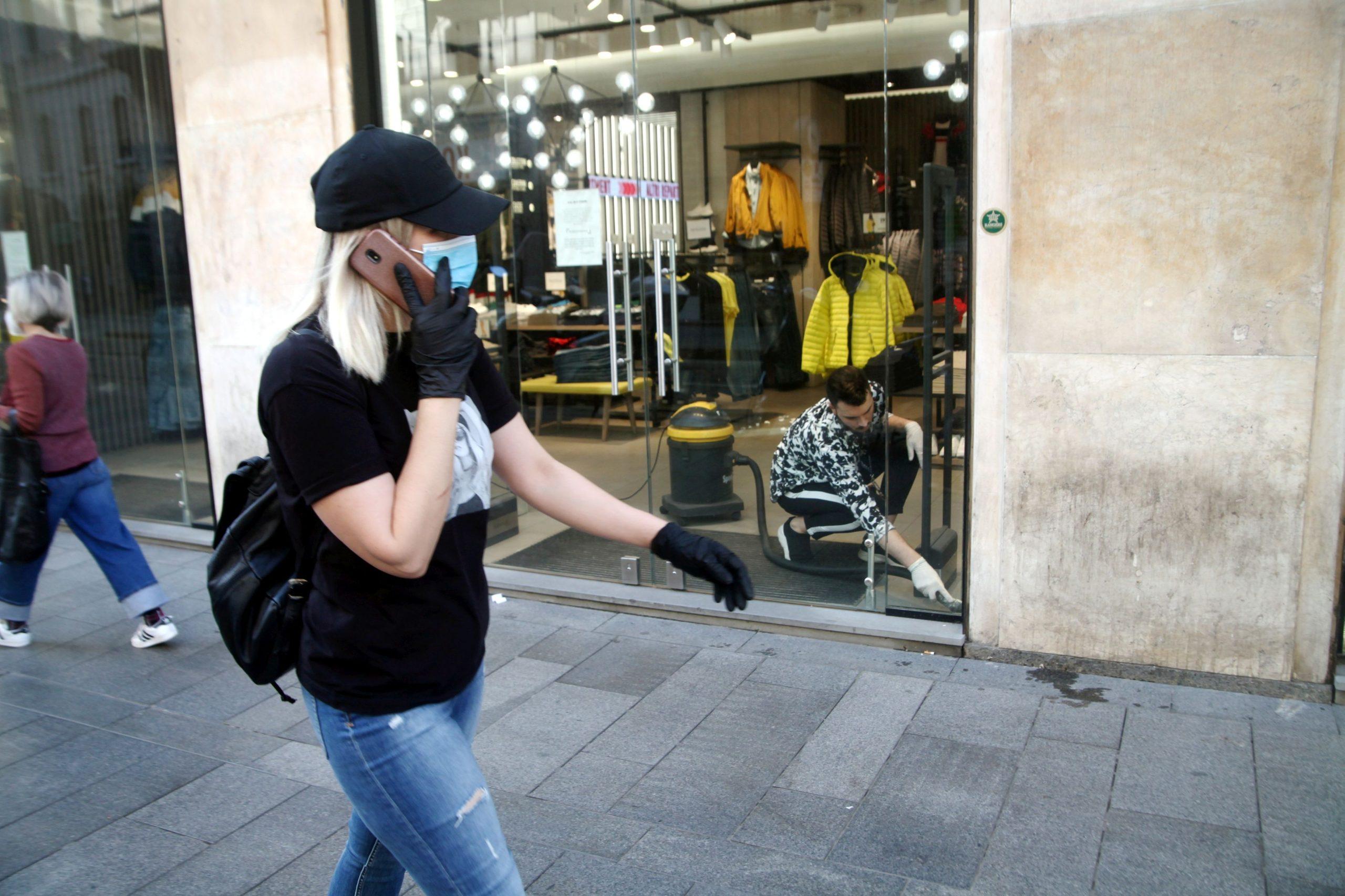Lieve aumento dei casi in Italia: in 6 regioni l'indice di trasmissibilità è sopra 1