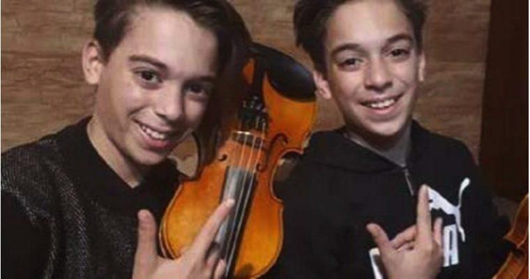 Mirko e Valerio conquistano i Coldplay: i due piccoli violinisti siciliani in concerto su Instagram con Chris Martin