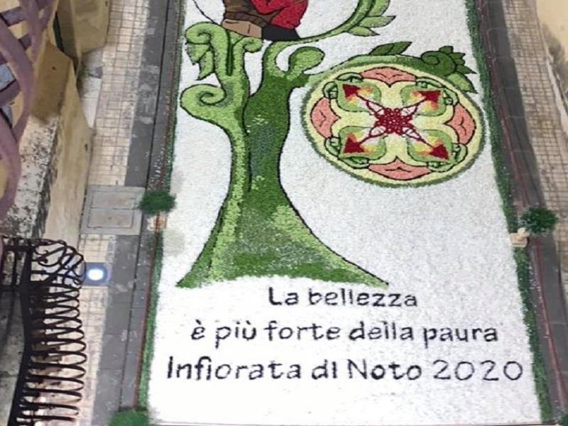 Infiorata di Noto 2020: in silenzio, ma con le musiche di Mario Incudine e la partecipazione di Leo Gullotta e Chiara Ferragni