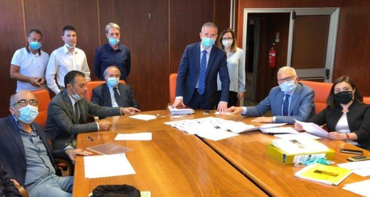"""Ripavimentazione della A18, assessore Falcone: """"Investimento da 20 milioni di euro"""""""