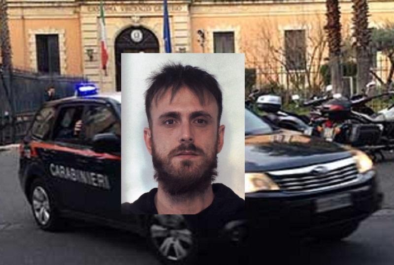 Ai domiciliari ma beccato in via Delle Finanze, catanese prova a fuggire ma viene arrestato